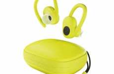 Set your active pursuits free with SkullCandy Push Ultra